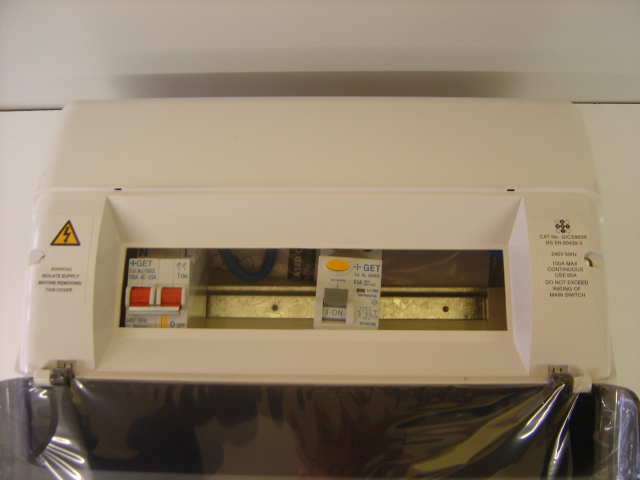 8WAY split load consumer unit